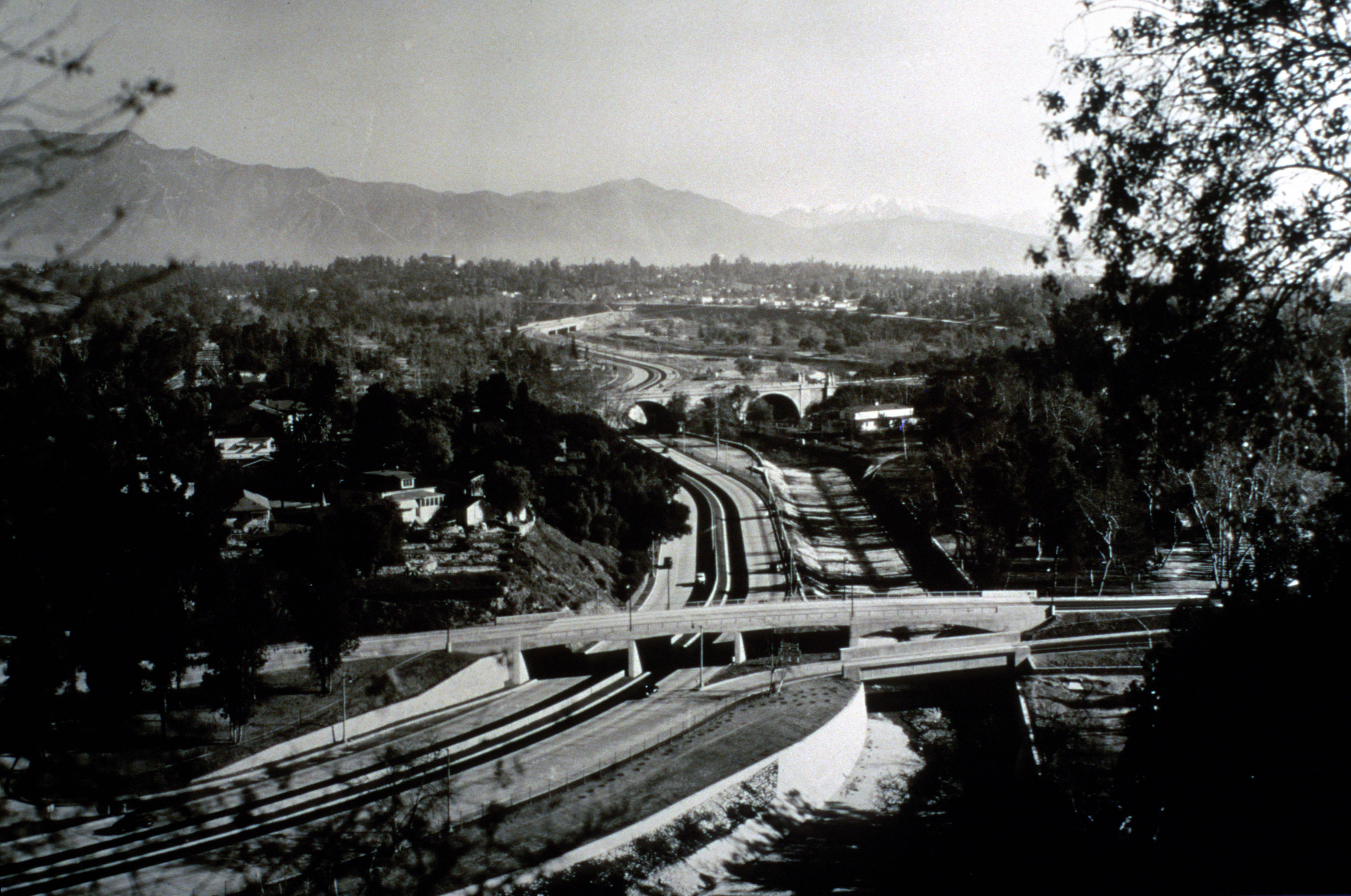 Looking south along the 110 in 1940